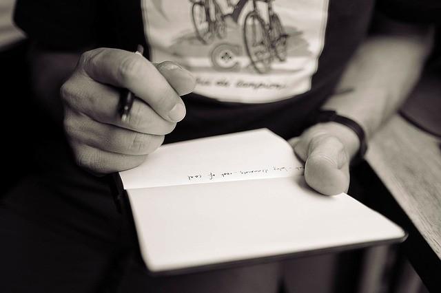 О кадровой документации, ее видах, порядке оформления, и ответственности