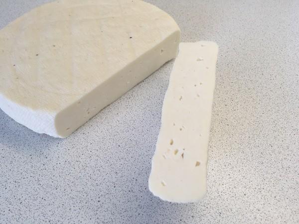 Простой базовый рецепт домашнего сыра для начинающих