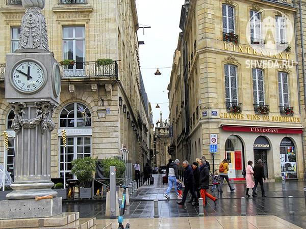 Большой Театр в Бордо и ярмарка в декабре